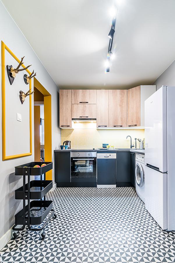 black mustard-good vibes interiors